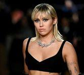 """Miley Cyrus a facut un cover pentru piesa """"Zombie"""""""