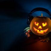 Playlist de Halloween: 50 de piese spooky pentru cel mai tare house party (audio)