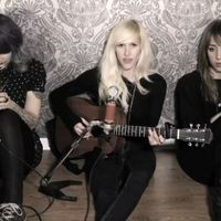 Download Sarah Blackwood (Walk Off The Earth) - Wrecking Ball